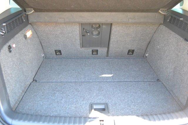 USED 2011 11 VOLKSWAGEN TIGUAN 2.0 MATCH TDI 4MOTION 5d 138 BHP ~ SAT NAV ~ 2 KEYS SAT NAV ~ FRONT AND REAR RDC ~ CAMBELT REPLACED