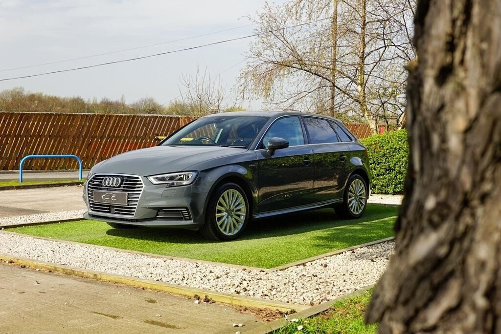 USED 2017 17 AUDI A3 1.4 SPORTBACK E-TRON 5d 101 BHP APPLE CAR PLAY ONE OWNER INCREDIBLE MPG £0 ROAD TAX
