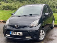 USED 2013 63 TOYOTA AYGO 1.0 VVT-I MOVE WITH STYLE 5d 68 BHP SAT NAV AND ALLOY WHEELS