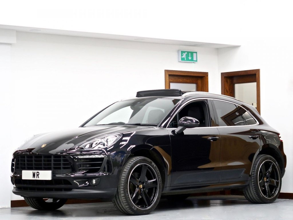 USED 2018 68 PORSCHE MACAN 2.0T PDK 4WD (s/s) 5dr PAN ROOF + REV CAM +GTS ALLOYS