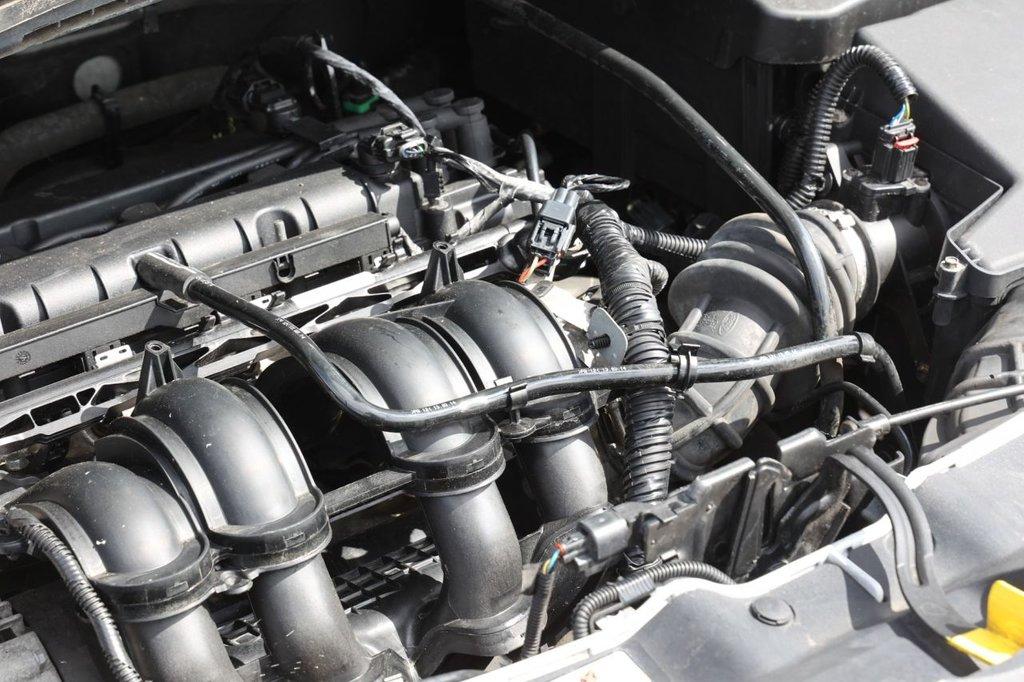 USED 2014 64 FORD C-MAX 1.6 ZETEC 5d 104 BHP