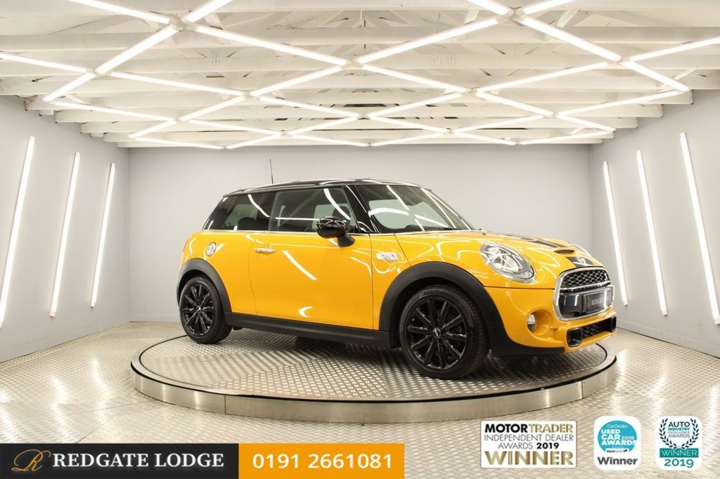 USED 2016 16 MINI HATCH COOPER 2.0 COOPER S 3d 189 BHP VOLCANIC ORANGE, CRUISE CONTROL/MULTIFUNCTION STEERING WHEEL, SUNSET PROTECTION, EXCITE PACK, INTERIOR LIGHTS PACK, DRIVE MODES..