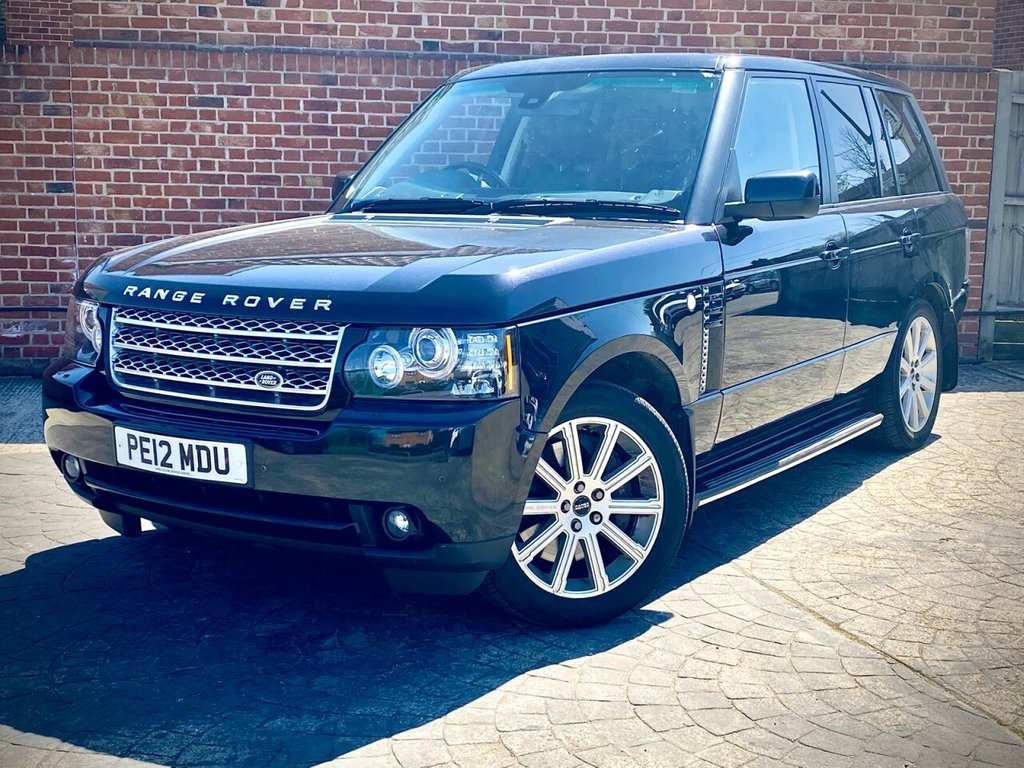 USED 2012 12 LAND ROVER RANGE ROVER 4.4 TDV8 VOGUE 5d 313 BHP