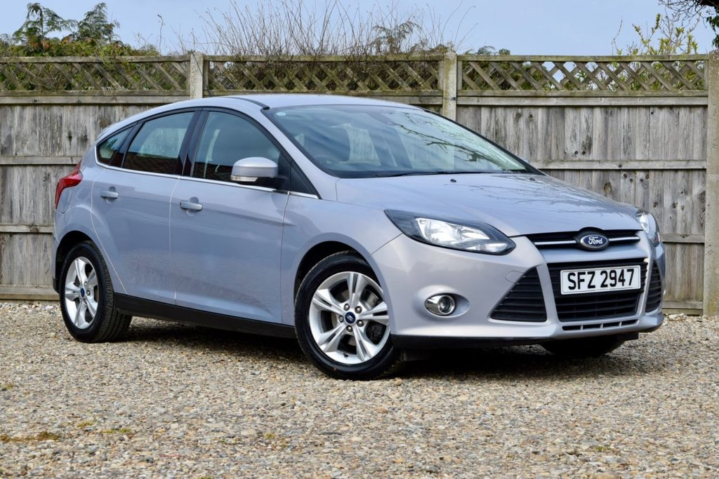 USED 2014 14 FORD FOCUS 1.0 ZETEC 5d 99 BHP Free 12  month warranty