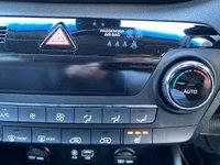 USED 2017 67 HYUNDAI TUCSON 1.7 CRDI PREMIUM BLUE DRIVE 5d AUTO 139 BHP