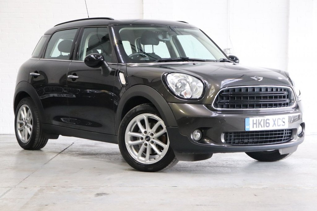 USED 2016 16 MINI COUNTRYMAN 1.6 COOPER 5d 122 BHP 1 Owner + Cruise + Parking Aid