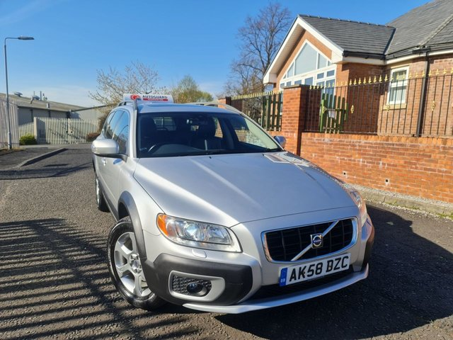 USED 2009 58 VOLVO XC70 2.4 D5 SE LUX AWD 5d 183 BHP A GREAT 4WD AUTOMATIC