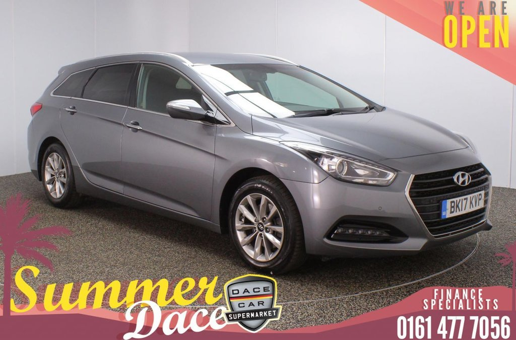 USED 2017 17 HYUNDAI I40 1.7 CRDI SE NAV BLUE DRIVE 5DR 1 OWNER 139 BHP SERVICE HISTORY + £30 12 MONTHS ROAD TAX + HEATED FRONT SEATS + SATELLITE NAVIGATION + REVERSING CAMERA + PARKING SENSOR + BLUETOOTH + CRUISE CONTROL + CLIMATE CONTROL + MULTI FUNCTION WHEEL + DAB RADIO + AUX/USB PORTS + PRIVACY GLASS + ELECTRIC WINDOWS + ELECTRIC/HEATED/FOLDING DOOR MIRRORS + 16 INCH ALLOY WHEELS