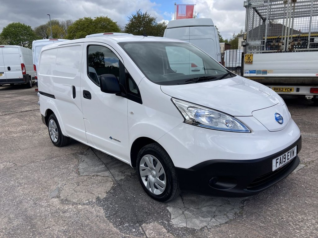 USED 2019 19 NISSAN NV200 0.0 E ACENTA 80KW 108 BHP1 OWNER AIR CON HEATED SEATS MANUFACTURER'S WARRANTY AIR CONDITIONING