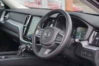 USED 2018 18 VOLVO XC60 2.0 T5 MOMENTUM AWD 5d 246 BHP