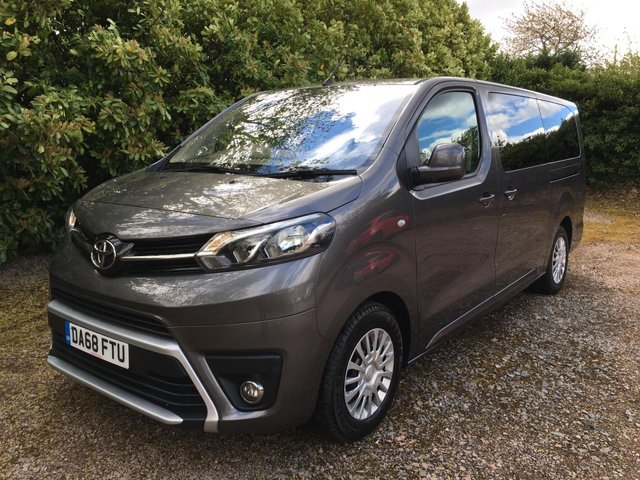 View our TOYOTA PROACE VERSO