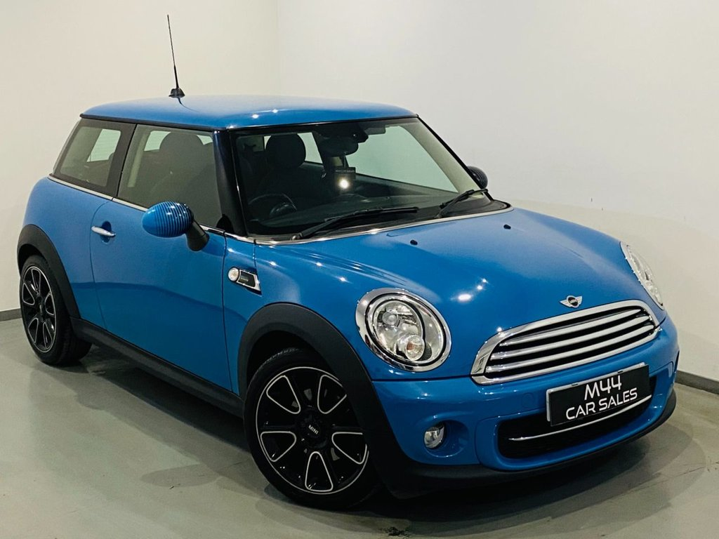 USED 2013 52 MINI HATCH COOPER 1.6 COOPER D BAYSWATER 3d 110 BHP Bluetooth / Isofix / Cruise Control / Half Leather / Free road tax