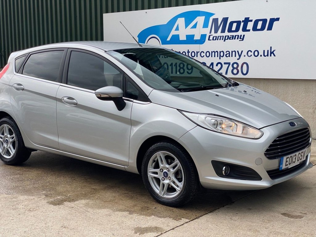 USED 2013 13 FORD FIESTA 1.6 Zetec Powershift 5dr AUTOMATIC, 5- DOOR , LOW MILES