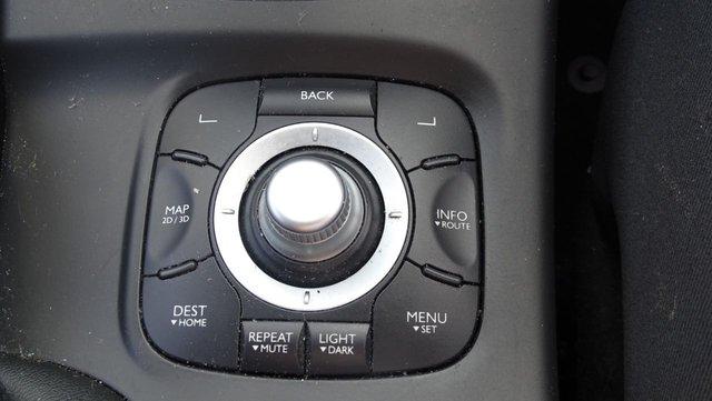 USED 2010 10 RENAULT MEGANE 1.5 DYNAMIQUE TOMTOM DCI 5d 106 BHP LOW MILES