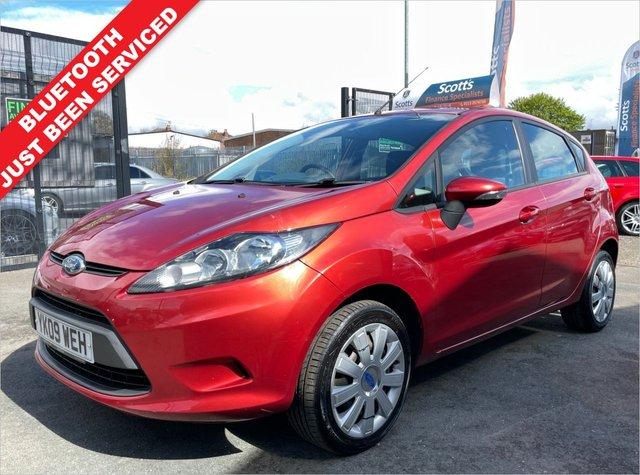 USED 2009 09 FORD FIESTA 1.2 STYLE 5 DOOR RED NOVEMBER MOT JUST BEEN SERVICED