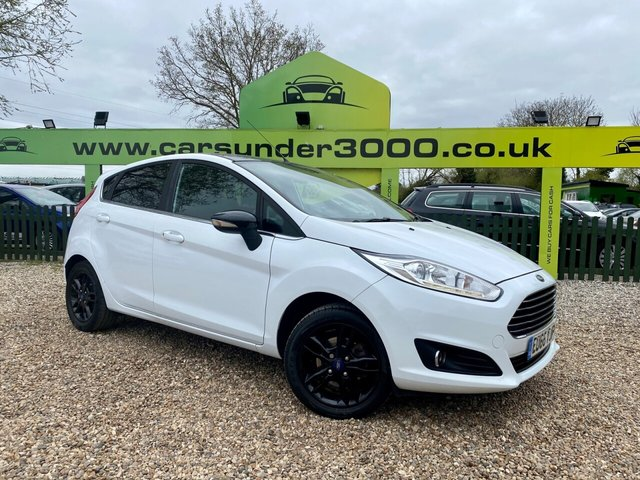 USED 2016 66 FORD FIESTA 1.0 ZETEC WHITE EDITION AUTUMN 5d 99 BHP