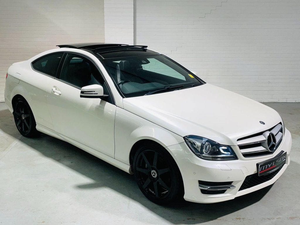 USED 2014 64 MERCEDES-BENZ C-CLASS 2.1 C220 CDI AMG SPORT EDITION PREMIUM PLUS 2d 168 BHP Pearl White|Glass Roof|Reverse Camera|Leather|FINANCE