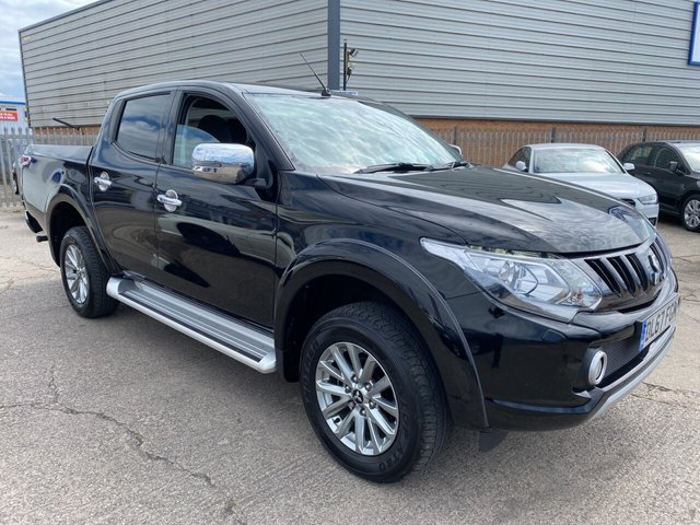 USED 2017 67 MITSUBISHI L200 2.4 DI-D BARBARIAN SDA 178 BHP *** FINANCE & PART EXCHANGE WELCOME * 1 OWNER DIESEL AUTOMATIC 13000 MILES FULL LEATHER BLUETOOTH PHONE REVERSE CAMERA AIR/CON CRUISE CONTROL PRIVACY GLASS