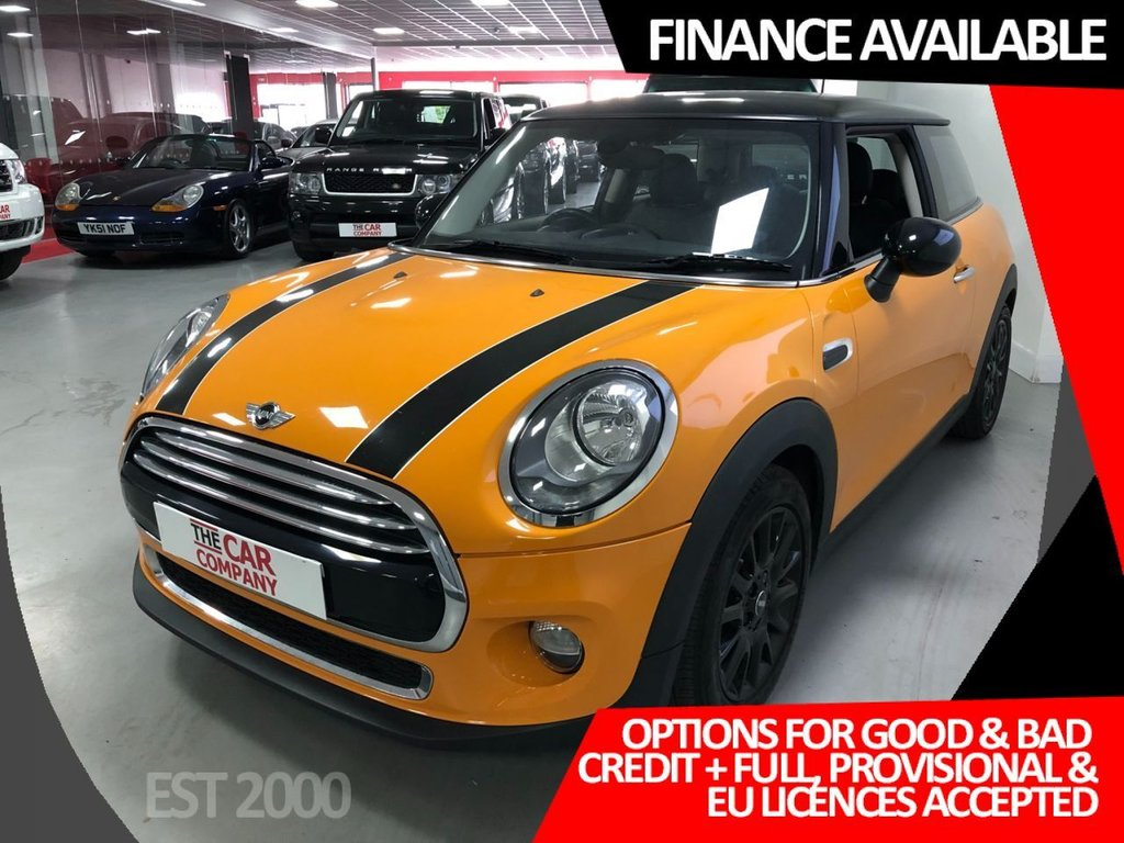 USED 2015 15 MINI HATCH COOPER 1.5 COOPER 3d 134 BHP * NAVIGATION * 16 INCH BLACK ALLOYS * 28,593 MILES ONLY * LEATHER * HEATED FRONT SEATS * CLIMATE CONTROL *