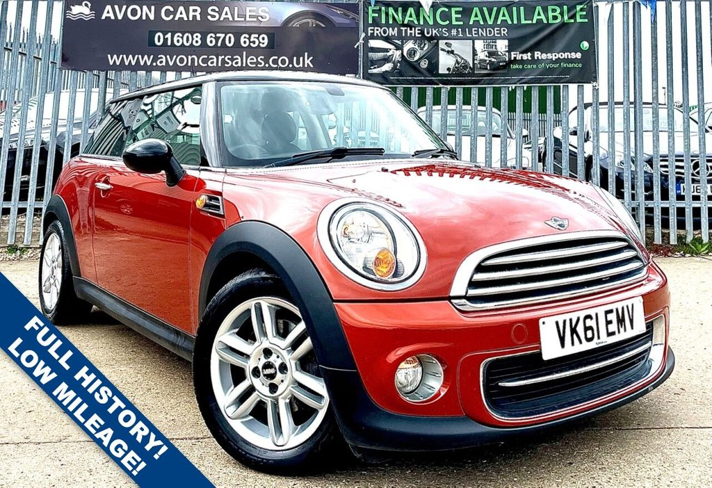 USED 2011 61 MINI HATCH COOPER 1.6 COOPER 3d 122 BHP PETROL AUTOMATIC! - FULL MAIN DEALER HISTORY! LOW MILEAGE! 2 KESY! 2 PREV OWNERS!