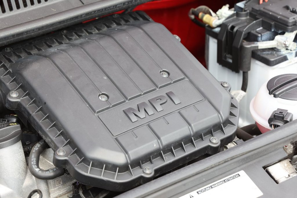 USED 2015 65 VOLKSWAGEN UP 1.0 MOVE UP 5d 59 BHP
