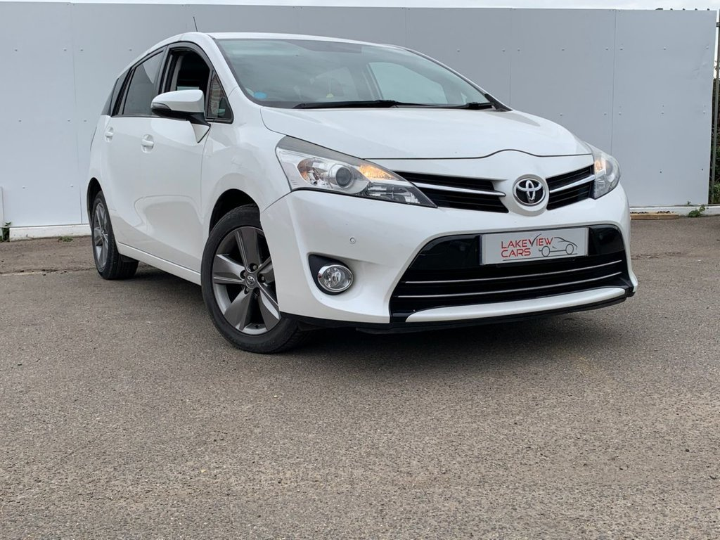 USED 2014 14 TOYOTA VERSO 1.6 D-4D TREND 5d 110 BHP