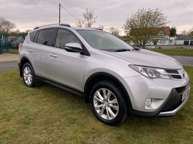 USED 2013 63 TOYOTA RAV4 2.2 D-4D INVINCIBLE 4x4 SILVER BLACK LEATHER