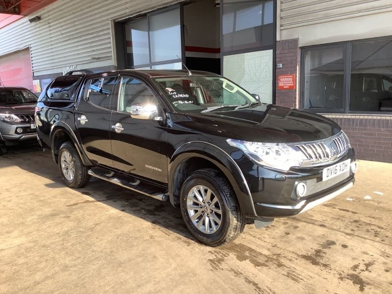 USED 2016 16 MITSUBISHI L200 2.4 DI-D Barbarian Auto Double Cab Hardtop Canopy Hardtop Canopy Sat Nav Leather