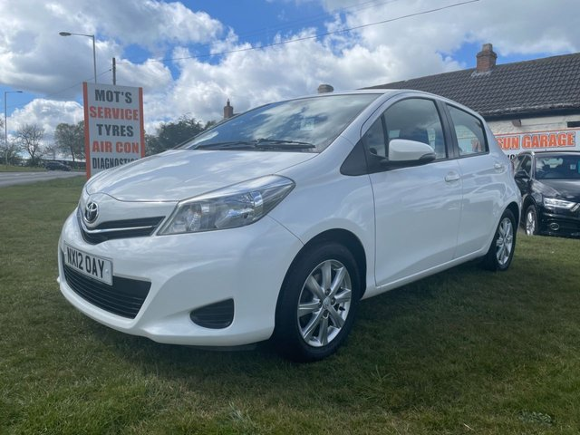USED 2012 12 TOYOTA YARIS 1.3 VVT-I TR VERY CLEAN CAR LAST OWNER 7 YEARS