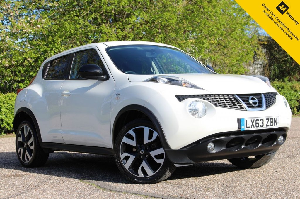 """USED 2014 63 NISSAN JUKE 1.6 N-TEC 5d 115 BHP ** FULL SERVICE HISTORY ** BRAND NEW SERVICE ** LONG MOT - MARCH 2022 ** UPGRADED PEARL WHITE STORM PAINT ** UPGRADED 21"""" DIAMOND CUT ALLOYS ** SAT NAV ** REAR CAMERA ** CRUISE CONTROL ** BLUETOOTH ** CLIMATE CONTROL **  ULEZ CHARGE EXEMPT ** BUY ONLINE IN CONFIDENCE FROM A MULTI AWARD WINNING 5* RATED DEALER **"""