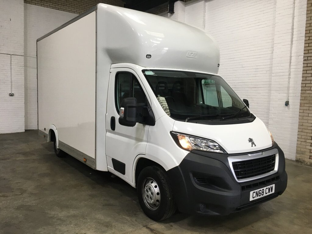 USED 2018 68 PEUGEOT BOXER LO-LOADER 2.0 BLUE HDI 335 L3 130ps