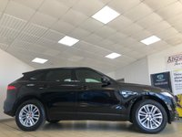 USED 2016 16 JAGUAR F-PACE 2.0 R-SPORT AWD 5d 178 BHP Santorini Black With Finisher/Etched Aluminium Trim & Morzine Headling Spec Including Cruise Control Front/Rear Parking Sensors Front/Rear View Cameras DAB Heated Front Seats Steering Wheel & Windscreen Full Park Assist Lane Departure Warning Sat Nav with Touchscreen & InControl Apps Keyless Entry Stop/Start System Roof Rails Full Jaguar Service History + Masses of spec