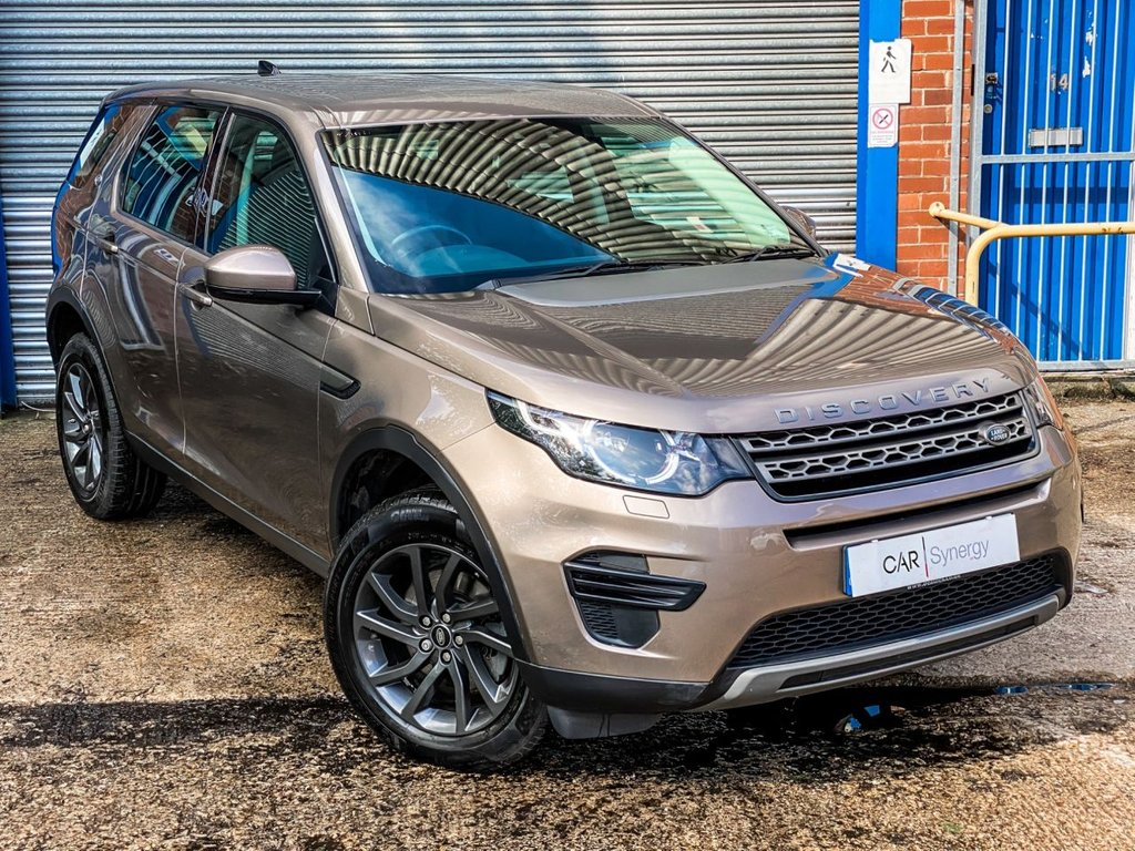 USED 2017 66 LAND ROVER DISCOVERY SPORT 2.0 TD4 SE 5d 180 BHP
