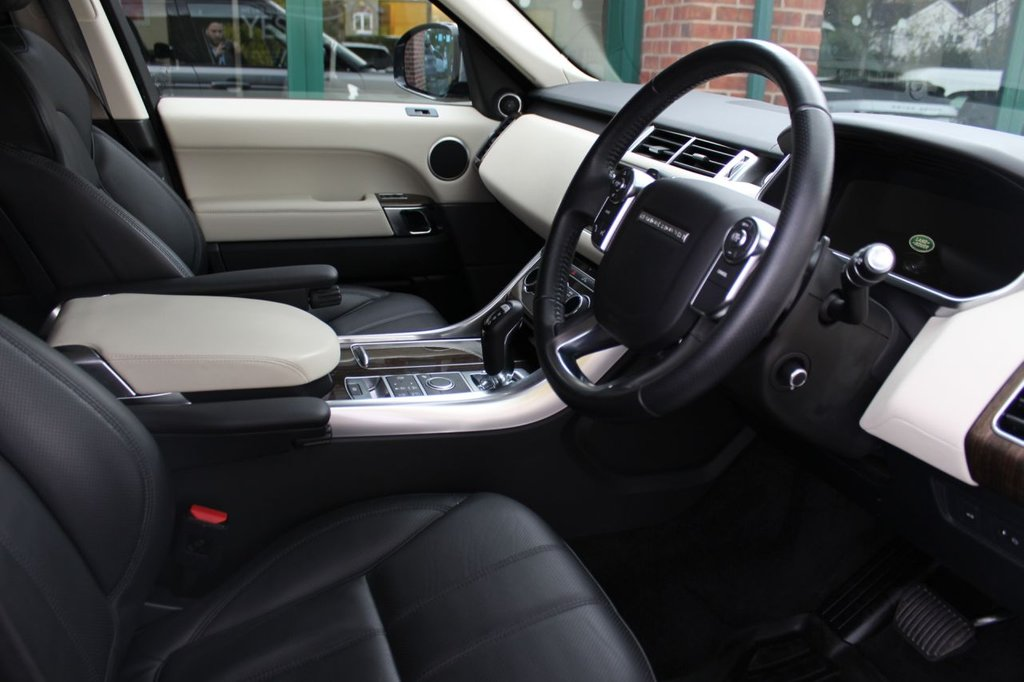 USED 2016 65 LAND ROVER RANGE ROVER SPORT 3.0 SDV6 HSE 5d 306 BHP