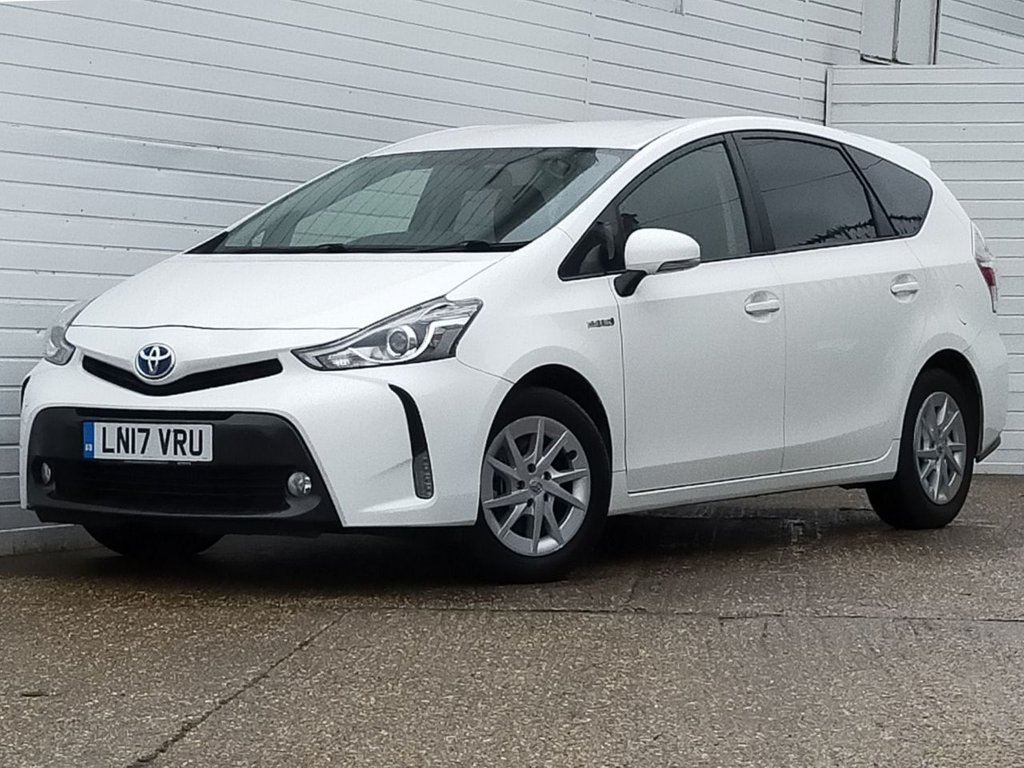USED 2017 17 TOYOTA PRIUS PLUS 1.8 ICON 5d 98 BHP