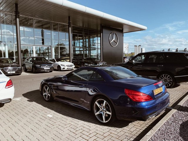 USED 2017 17 MERCEDES-BENZ SL 3.0 SL 400 AMG LINE 2d 362 BHP Two Owners   Two Services
