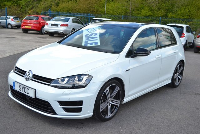 USED 2015 15 VOLKSWAGEN GOLF 2.0 R 5d 298 BHP 1 FORMER KEEPER FROM NEW ~ 2 KEYS OVER £7000 WORTH OF OPTIONS INCLUDING PANORAMIC ROOF & LEATHER SEATS!