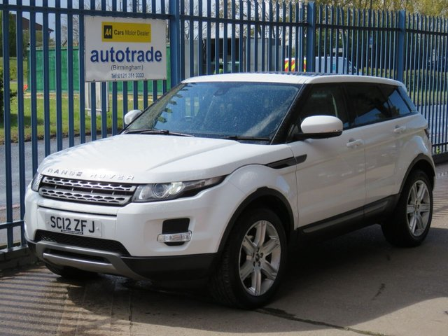 USED 2012 12 LAND ROVER RANGE ROVER EVOQUE 2.2 SD4 PURE 5d 190 BHP Panoramic roof-Privacy glass-Heated Black Electric Leather