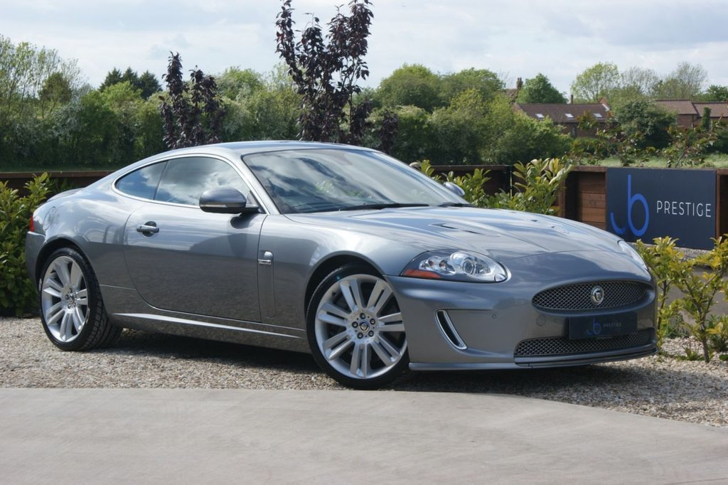 USED 2010 10 JAGUAR XKR 5.0 SUPERCHARGED V8 510 BHP Exceptional example Full SH