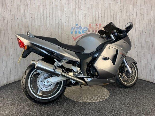 HONDA CBR1100XX SUPER BLACKBIRD at Rite Bike