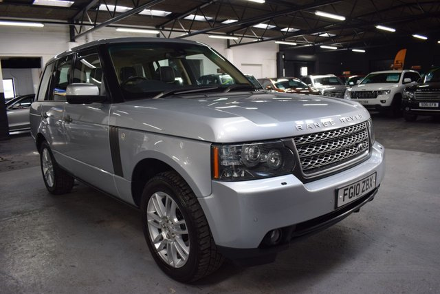 USED 2010 10 LAND ROVER RANGE ROVER 3.6 TDV8 VOGUE 5d 271 BHP STUNNING CONDITION - 10 STAMPS TO 106K MILES - LEATHER - NAV - AUX HEATING - TOWBAR - SUNROOF - PIRELLI TYRES