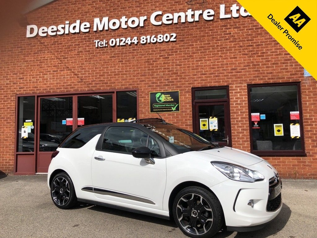 USED 2015 65 DS DS 3 1.6 BLUEHDI DSTYLE S/S 3d 98 BHP ZERO Road tax   :   Bluetooth   :    DAB Radio   :   Cloth upholstery   :   Isofix fittings   :   Air-conditioning/Climate control   :     Cruise control/Speed limiter   :   Rear parking sensors