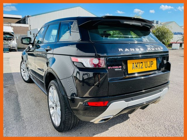 """USED 2012 12 LAND ROVER RANGE ROVER EVOQUE 2.2 SD4 DYNAMIC LUX 5d 190 BHP FULL SERVICE HISTORY - MOT FEB 2022 - LUX PACK WITH FREE VIEW TV /DVD - PANORAMIC GLASS ROOF - 20"""" DYNAMIC ALLOY WHEELS - HEATED LEATHER SEATS - INTERIOR AMBIENT LIGHTING - BLUETOOTH CONNECTIVITY - MERIDIAN SURROUND SOUND - 3 MONTH WARRANTY"""