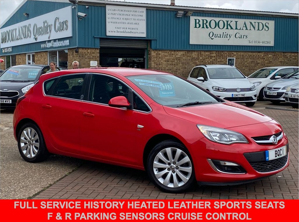 USED 2015 15 VAUXHALL ASTRA 1.6 ELITE 5 Door Power Red with Black Leather 113 BHP Full Service History Heated Leather Sports Seats F & R Parking Sensors