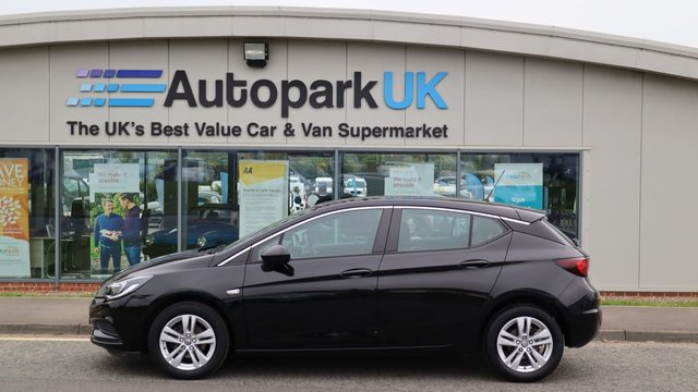 USED 2017 67 VAUXHALL ASTRA 1.6 DESIGN CDTI 5d 108 BHP LOW DEPOSIT OR NO DEPOSIT FINANCE AVAILABLE . COMES USABILITY INSPECTED WITH 30 DAYS USABILITY WARRANTY + LOW COST 12 MONTHS ESSENTIALS WARRANTY AVAILABLE FROM ONLY £199 (VANS AND 4X4 £299) DETAILS ON REQUEST. ALWAYS DRIVING DOWN PRICES . BUY WITH CONFIDENCE . OVER 1000 GENUINE GREAT REVIEWS OVER ALL PLATFORMS FROM GOOD HONEST CUSTOMERS YOU CAN TRUST .