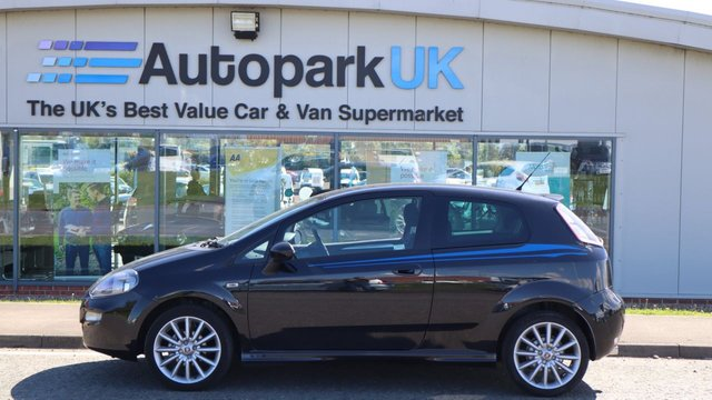 USED 2014 14 FIAT PUNTO 1.4 JET BLACK 2 3d 77 BHP . LOW DEPOSIT NO CREDIT CHECKS SHORTFALL SHORT TERM FINANCE AVAILABLE ON THIS VEHICLE (AT THE MOMENT ONLY AVAILABLE TO CUSTOMERS WITH A NORTH EAST POSTCODE (ASK FOR DETAILS) . COMES USABILITY INSPECTED WITH 30 DAYS USABILITY WARRANTY + LOW COST 12 MONTHS USABILITY WARRANTY AVAILABLE FOR ONLY £199 (VANS AND 4X4 £299) DETAILS ON REQUEST. MAKING MOTORING MORE AFFORDABLE. . . BUY WITH CONFIDENCE . OVER 1000 GENUINE GREAT REVIEWS OVER ALL PLATFORMS FROM GOOD HONEST CUSTOMERS YOU CAN TRUST .