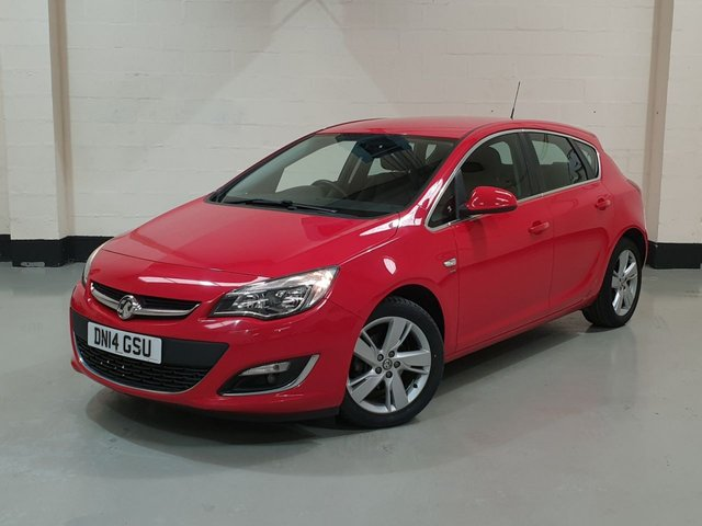 """USED 2014 14 VAUXHALL ASTRA 1.6 SRI 5d 113 BHP 1 Previous Owner/ Service History/ Cruise/ 17""""Alloys"""