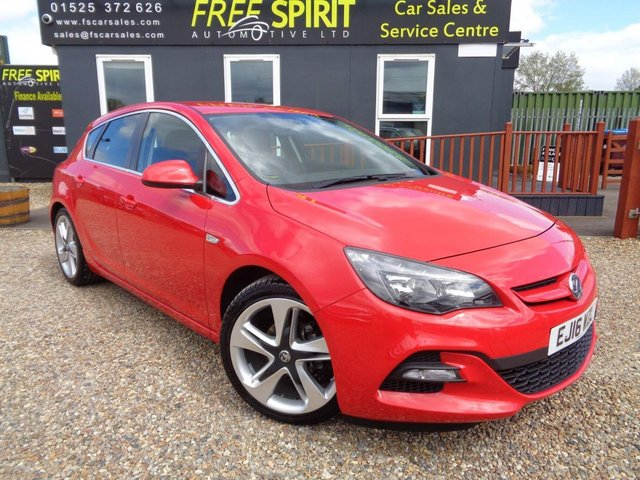 USED 2016 16 VAUXHALL ASTRA 1.4i Turbo Limited Edition 5dr Bluetooth, Leather, 19' Alloys