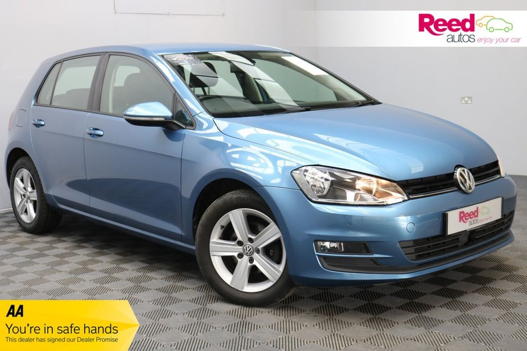 USED 2014 64 VOLKSWAGEN GOLF 1.6 MATCH TDI BLUEMOTION TECHNOLOGY DSG 5d 103 BHP 1 FORMER KEEPER+AUTOMATIC HEADLIGHTS AND WIPERS+MULTI-FUNCTION LEATHER STEERING WHEEL+METALLIC PAINT+DAB RADIO