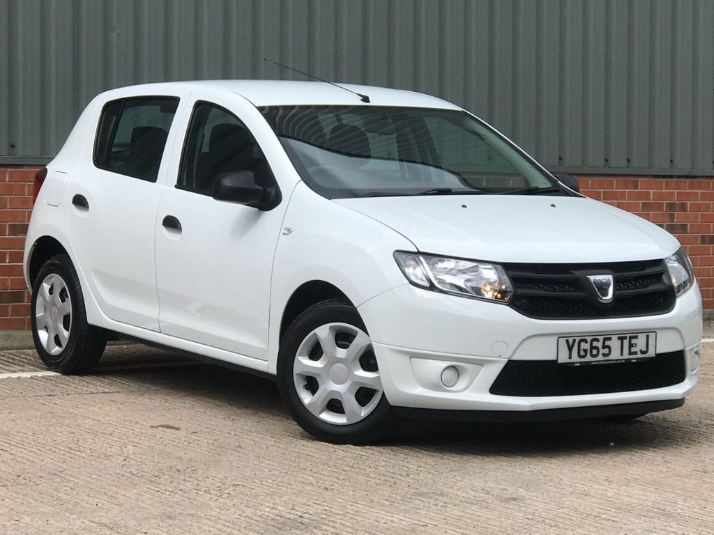 USED 2015 65 DACIA SANDERO 1.1 AMBIANCE 5d 73 BHP EXCELLENT CONDITION AND FANTASTIC VALUE